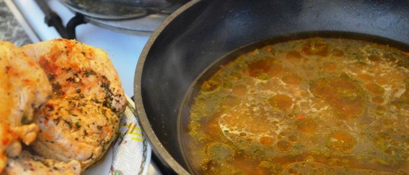 Kotleciki z indyka w sosie