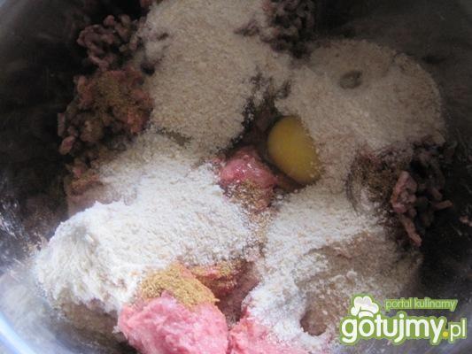 Kotlety mielone w sezamowej panierce