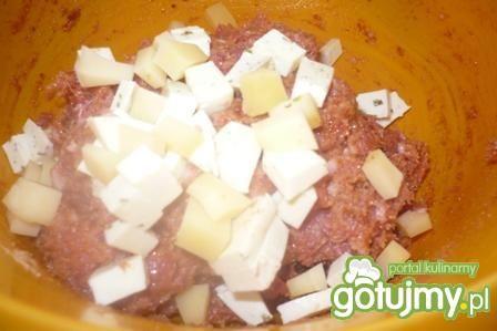 Kotlety mielone z 3 rodzajami sera