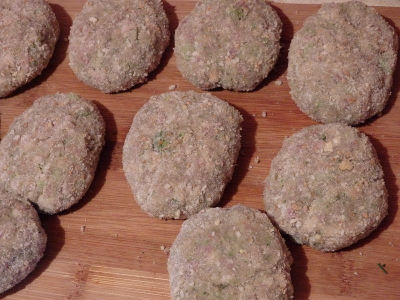 Kotlety mielone z brokułem