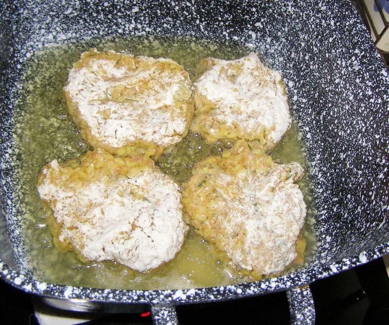 Kotlety ryżowo mięsne z farszu do gołąbków