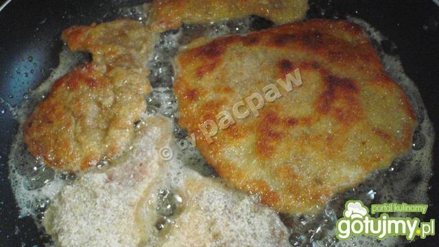 Kotlety schabowe z nutką cebulową