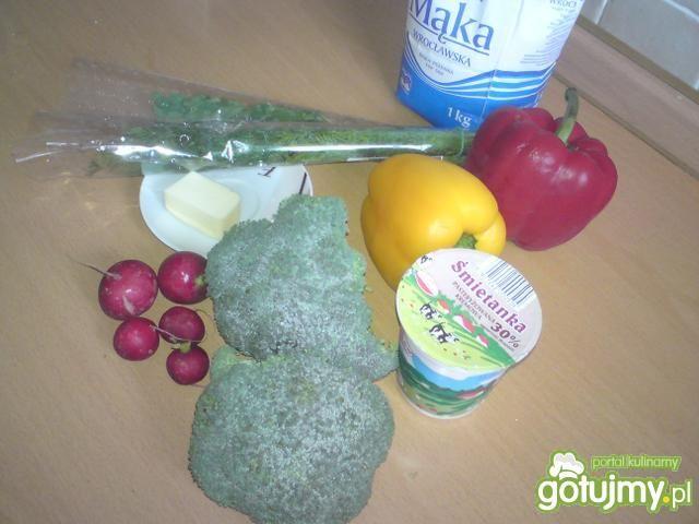 Krem brokułowy z serduszkiem