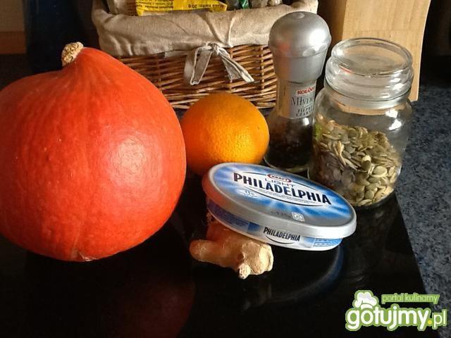 Kremowa dyniowo-pomarańczowa