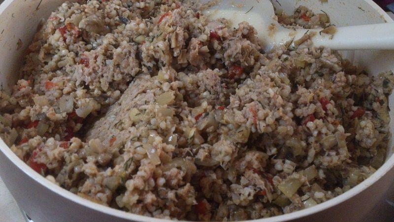 Krokiety z mięsem, kaszą i pieczarkami