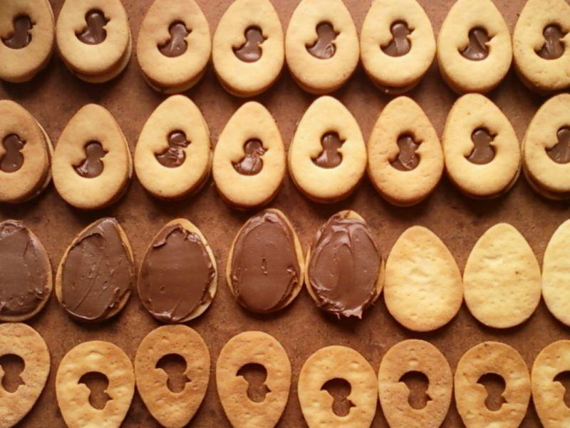 Kruche ciasteczka z czekoladowym kremem