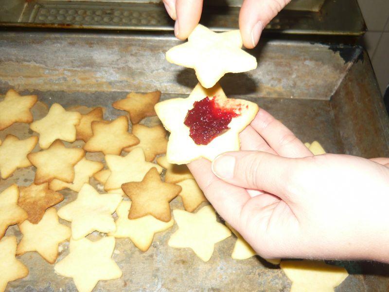 Kruche ciasteczka z dżemem