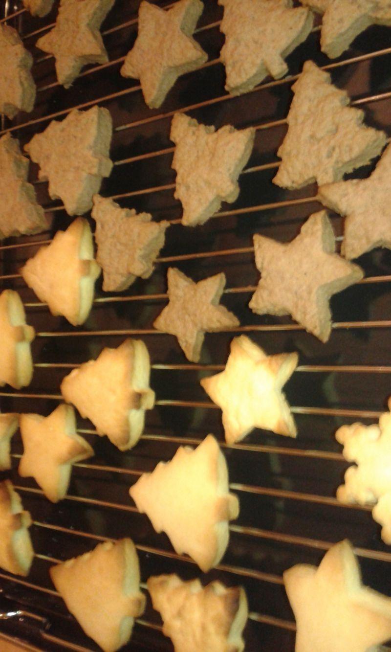 Kruche lukrowane ciasteczka