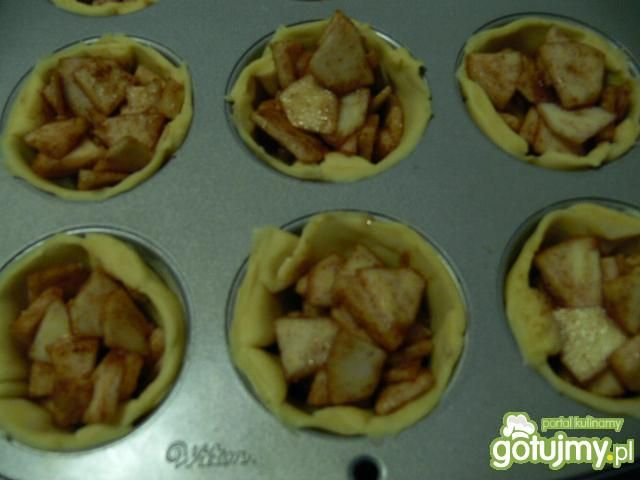 Kruche tarteletki z jabłkami