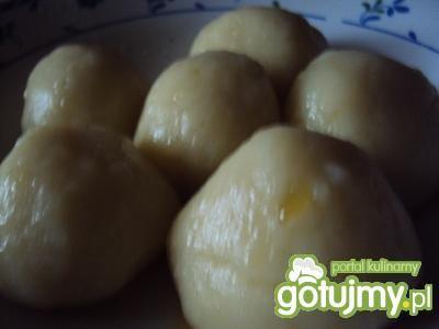 Kulki ziemniaczane z serem