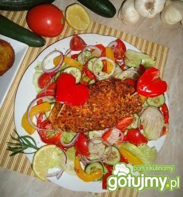 Kurczak paprykowy na sałatce