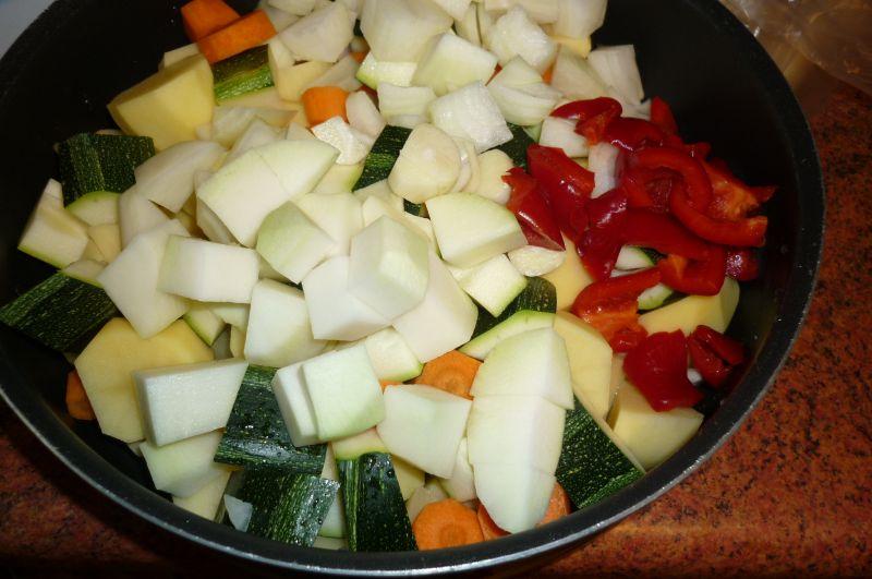 Kurczak pieczony z warzywami