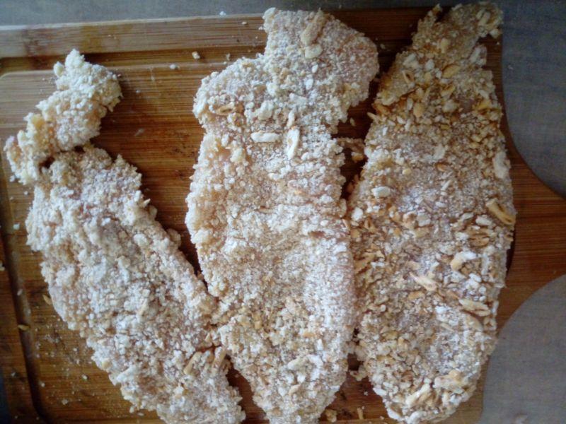Kurczak w paluszkowej panierce