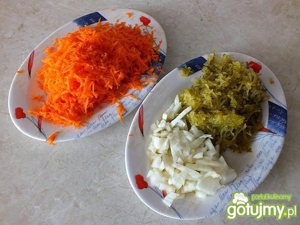 Kwaśna surówka z marchewki