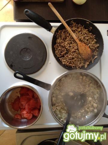 Lassagne z wołowiną i pieczarkami