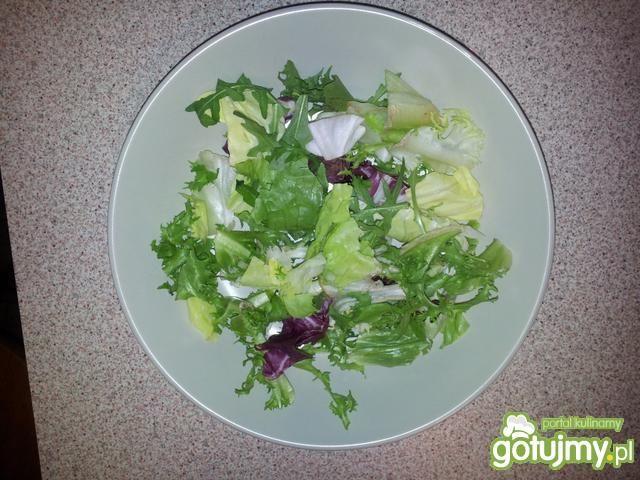 Lekka i zdrowa sałatka na kolację