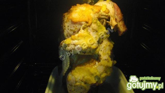 Majerankowo-czosnkowy kurczak pieczony