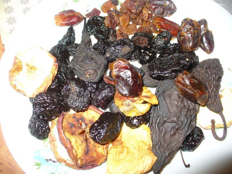 Makaron wigilijny z suszem owocowym