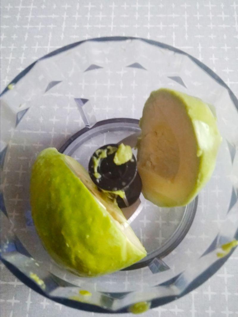Makaron z awokado
