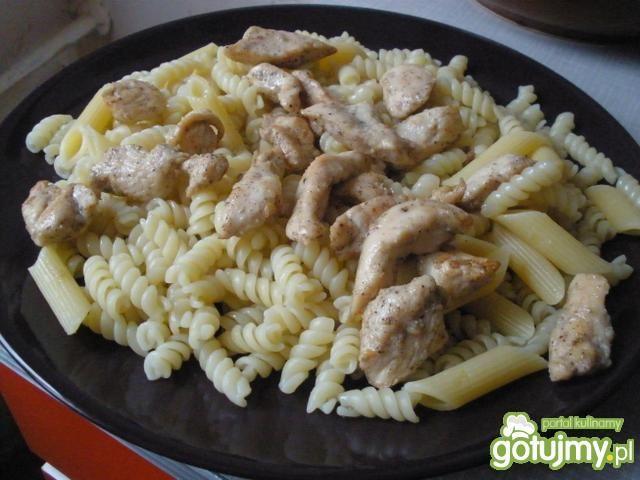 Makaron z mascarpone i kurczakiem