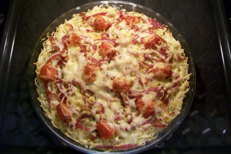 Makaronowa pizza