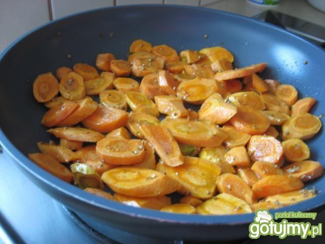 Marchewka glazurowana z pomarańczami