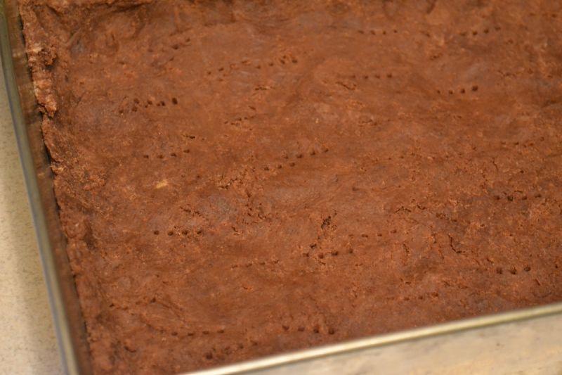 Mazurek z wiśniami i masą kawową