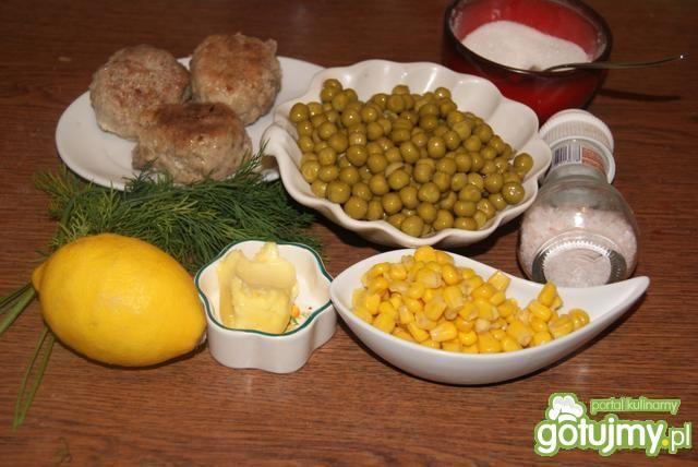 Mielone z koperem , kukurydzą ,groszkiem