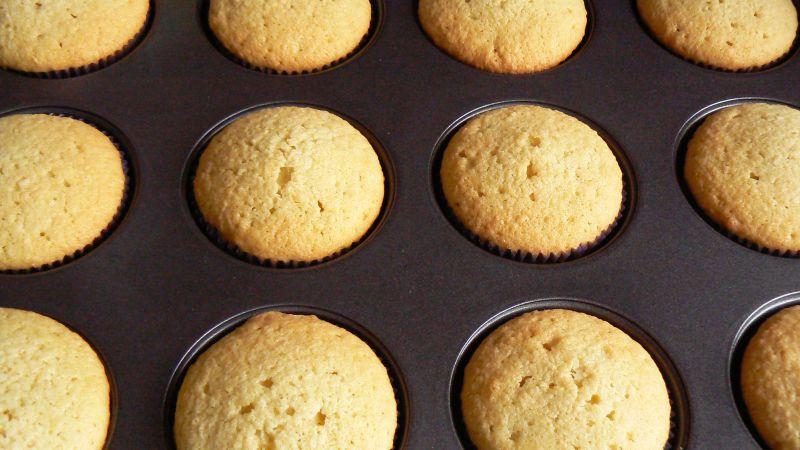 Muffinki kokosowe z niespodzianką