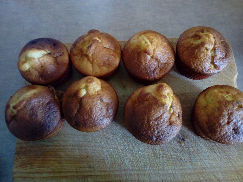 Muffinki z czereśniami