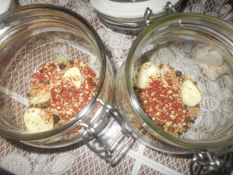 Musztardowe marynowane jajka