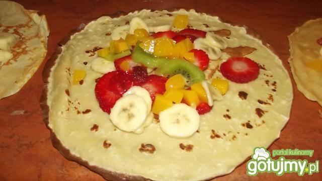 Naleśniki z owocami 3