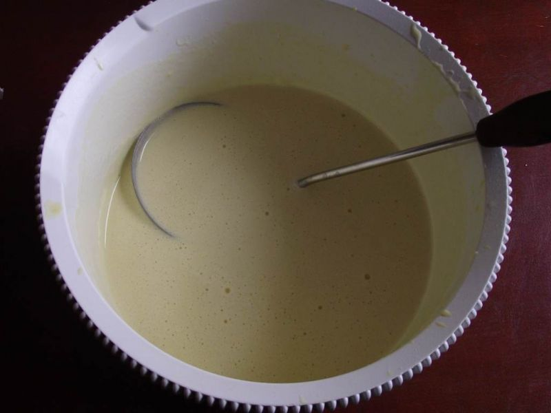 Naleśniki z twarożkiem i truskawkami