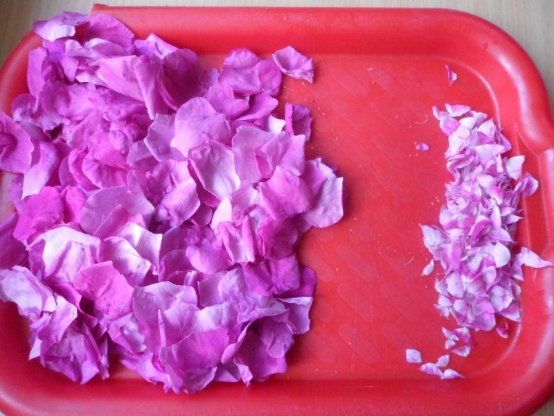Ocet z płatków dzikiej roży