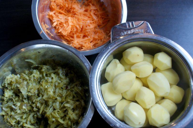 Ogórkowa z ziemniakami