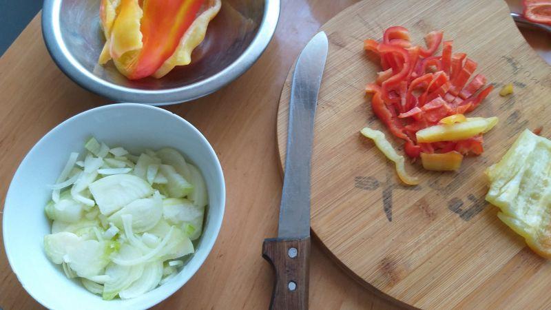Omlety z nadzieniem pikantnym