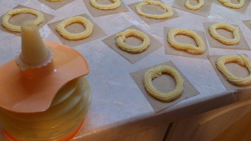 Oponki z ciasta parzonego