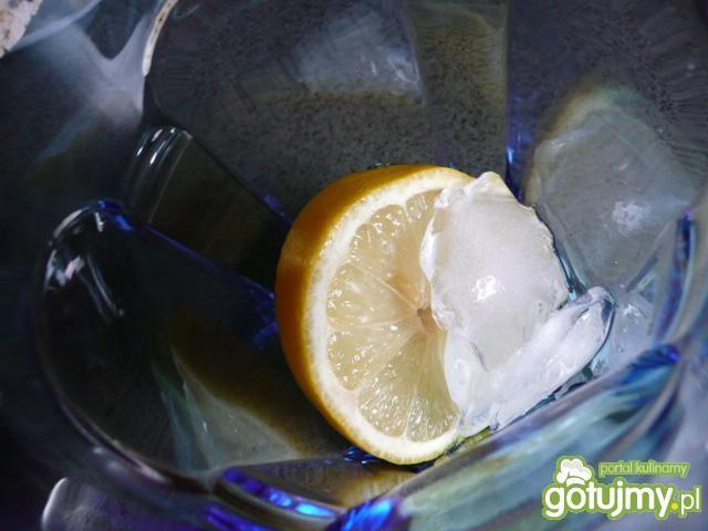 Orzeźwiający napój na początek dnia