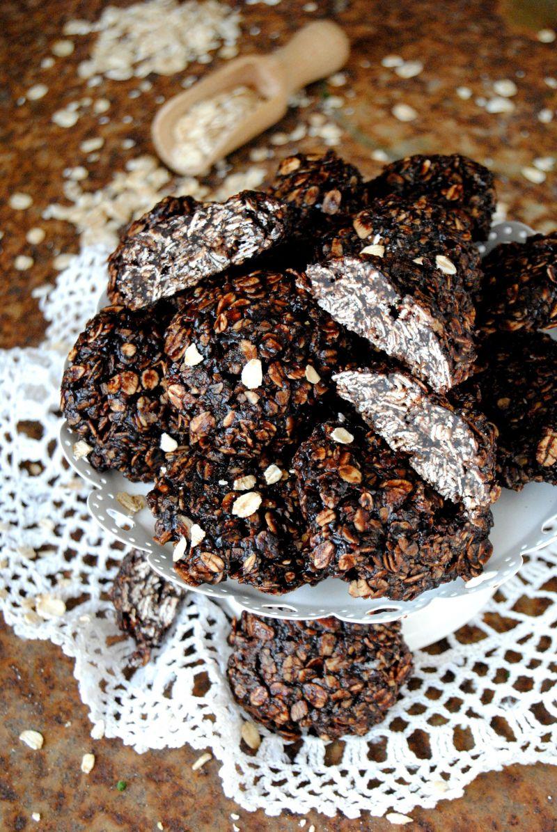 Owsiane ciasteczka bez pieczenia