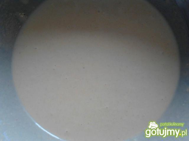 Pancakes kukurydziane z bitą śmietaną