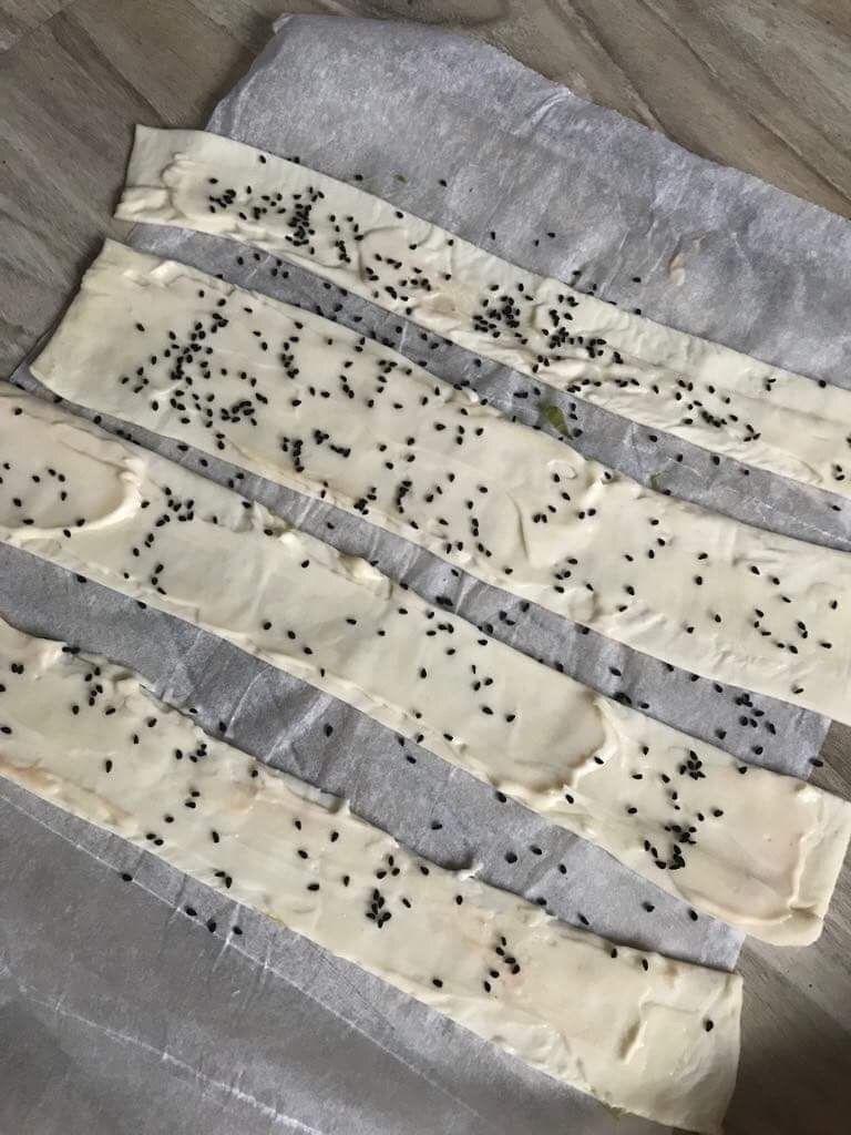 Papryczki ze szparagami i parówką