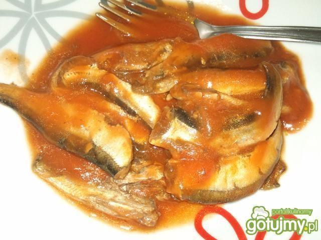 Pasta rybna z suszonymi pomidorami