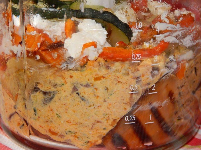 Pasta z grillowanych warzyw z dynią i bryndzą