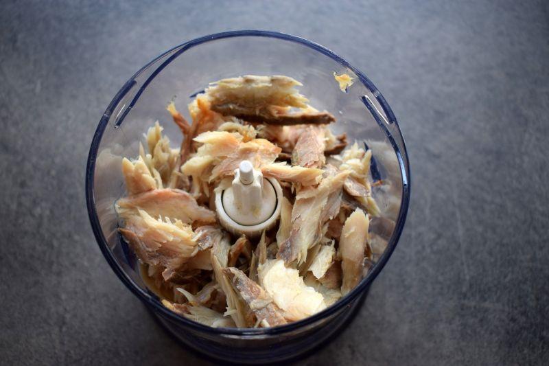 Pasta z makreli ze szpinakiem natką pietruszki