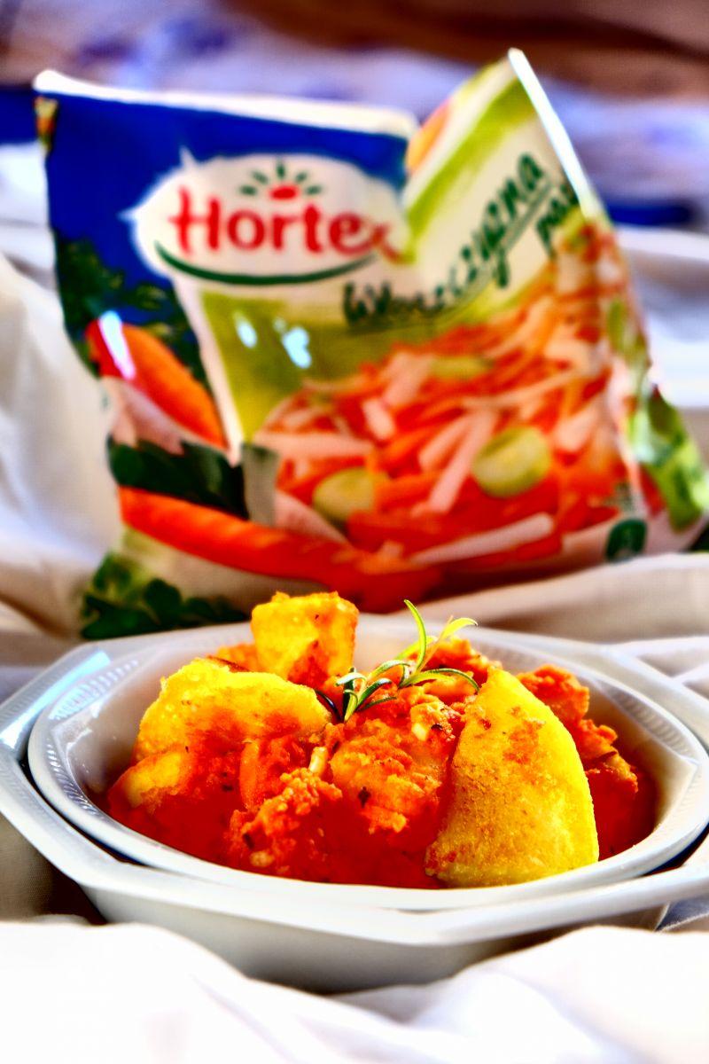 Patatas Bravas, ziemniaki z sosem pomidorowym