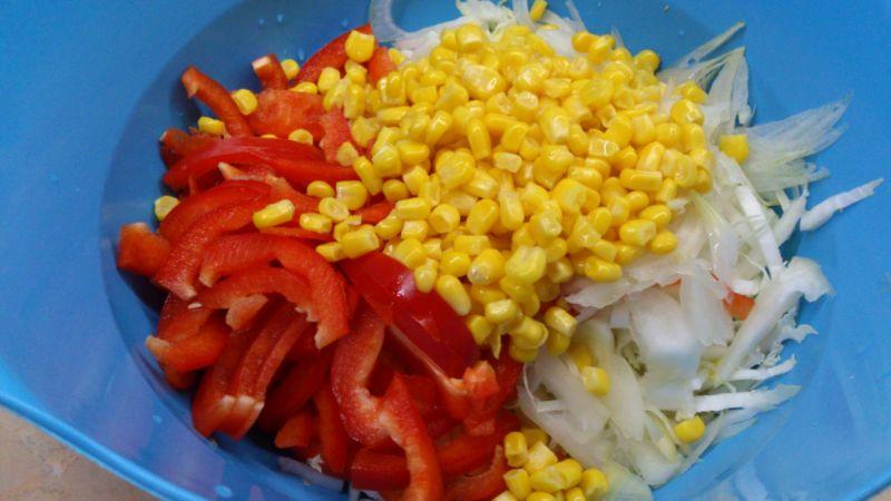 Pekinka kukurydziano paprykowa