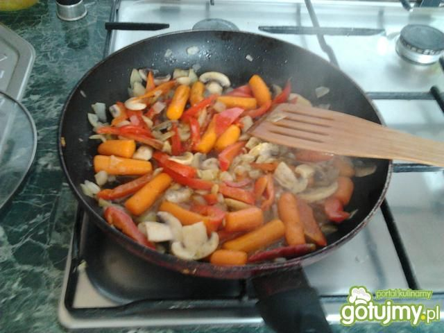 Pieczone podudzie z kurczaka w ziołach