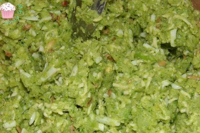 Pierogi z brokułem i kozim serem