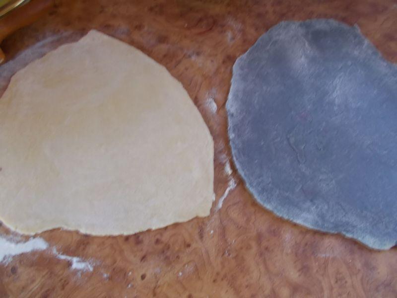 Pierożki z serem i sosem herbacianym