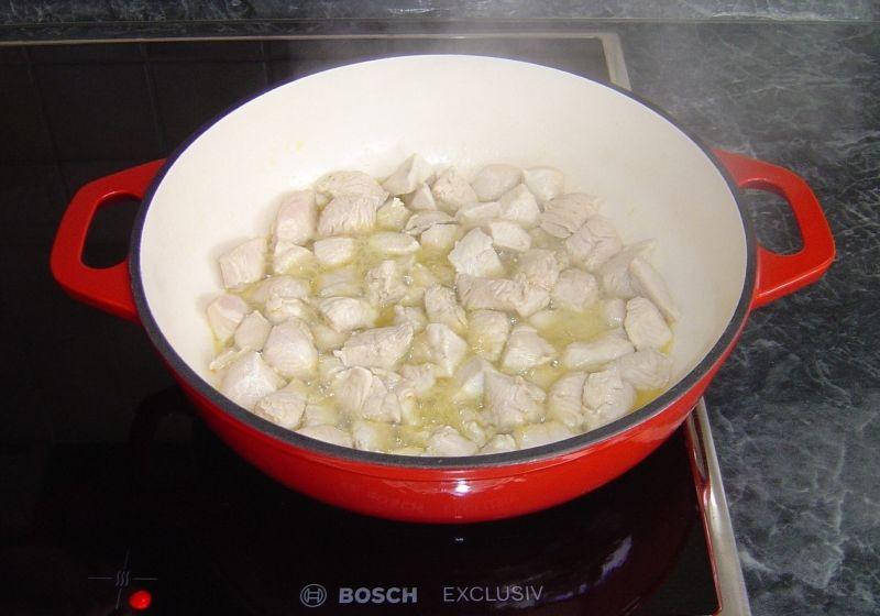 Piersi z kurczaka z pieczarkami i garam masala